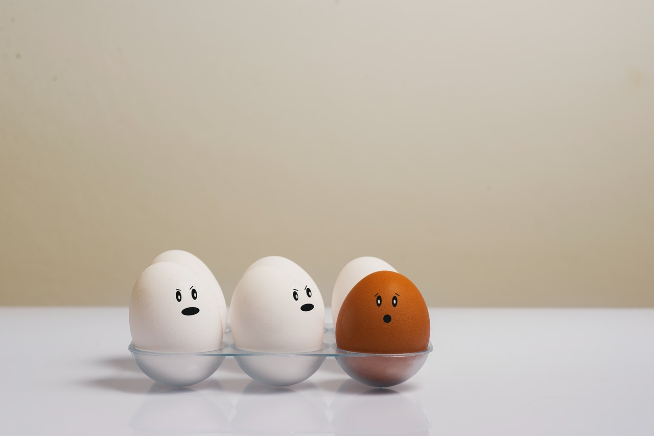 Six eggs with little faces on representing the 6 Box Model